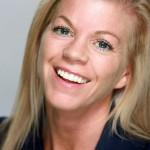 Caroline Larson headshot